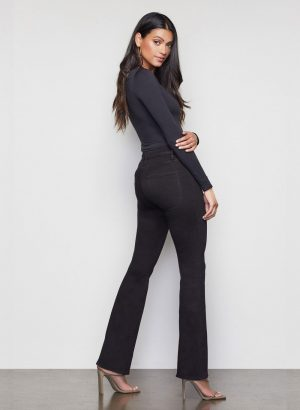 good-american-flare-fit-jeans-black-001-2