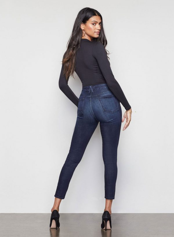 good-american-waist-core-crop-blue025-jeans-3