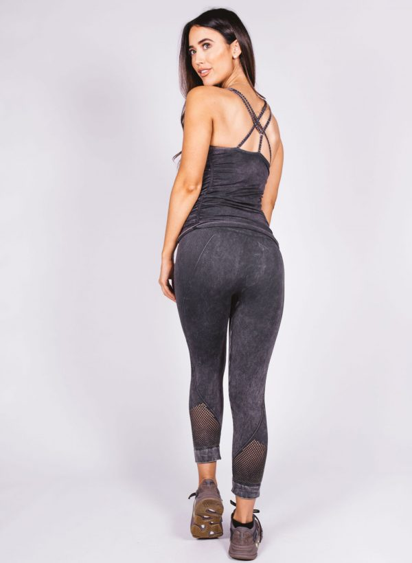 nux-mineral-network-capri-leggings-black-2